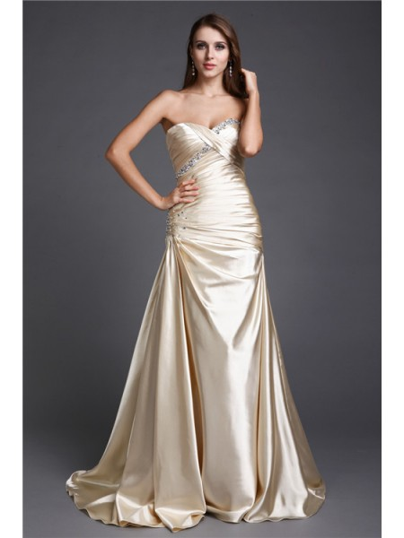 Sleeveless Sweetheart Sweep/Brush Train Champagne Dresses