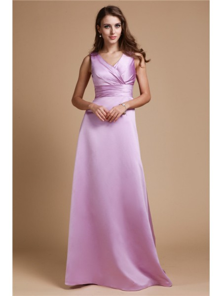 Sleeveless V-neck Long Lavender Bridesmaid Dresses