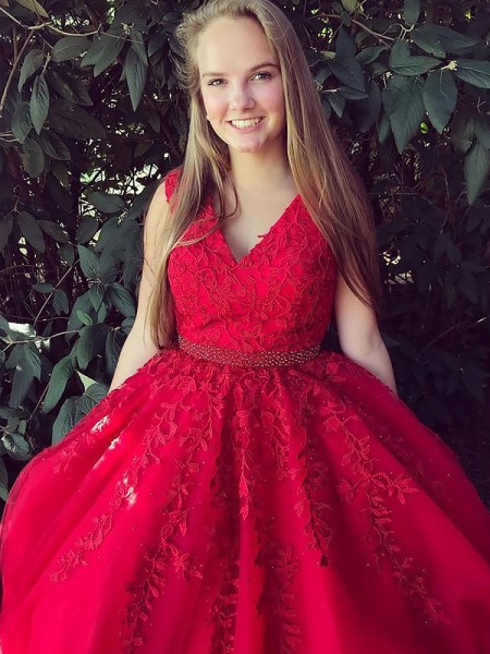 A-Line/Princess Sleeveless V-Neck Sweep Train Red Tulle Prom Dresses