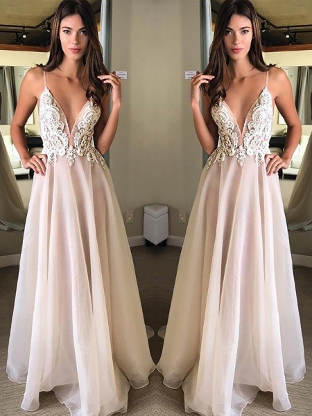 A-Line/Princess Sleeveless Spaghetti Straps Long White Chiffon Prom Dresses