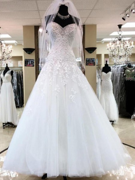 Ball Gown Tulle Applique Sweetheart Sleeveless Floor-Length White Wedding Dresses