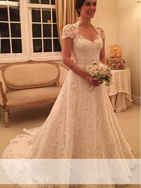 A-Line/Princess Short Sleeves Sweetheart Court Train White Lace Wedding Dresses