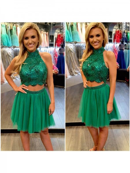 A-line/Princess Sleeveless High Neck Short Dark Green Tulle Homecoming Dresses