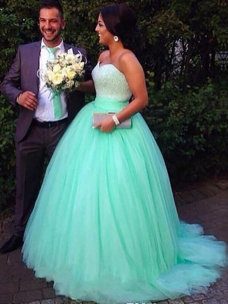 Ball Gown Sleeveless Sweetheart Sweep Train Green Tulle Prom Dresses