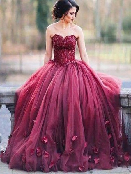 Ball Gown Sleeveless Sweetheart Long Burgundy Tulle Prom Dresses