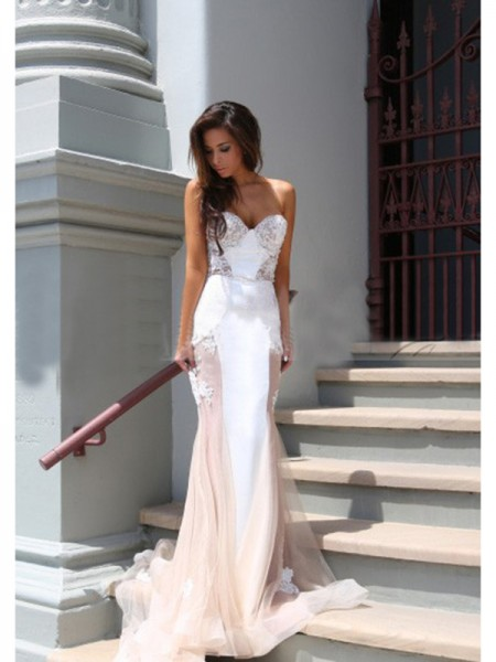 Mermaid Sleeveless Sweetheart Chapel Train White Tulle Prom Dresses
