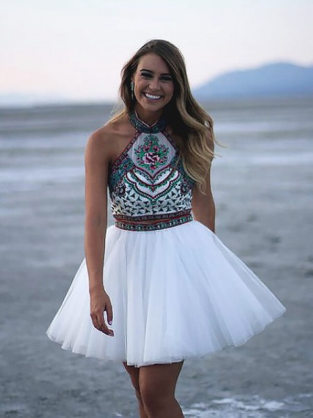A-line/Princess Sleeveless Halter Short White Tulle Homecoming Dresses
