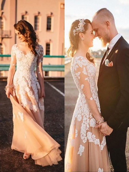 A-Line/Princess Long Sleeves V-neck Sweep Train Champagne Tulle Wedding Dresses