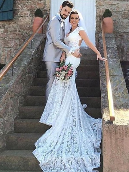 Mermaid Sleeveless Sweetheart Court Train Ivory Lace Wedding Dresses