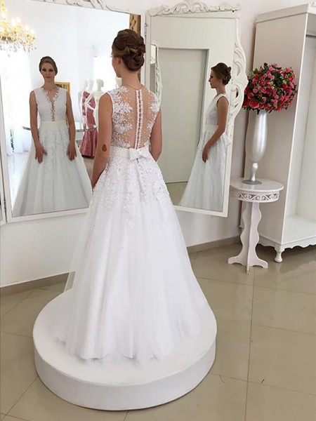 Mermaid Sleeveless Scoop Floor-Length Ivory Lace Wedding Dresses