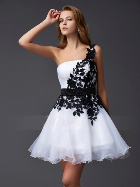 A-Line/Princess One-Shoulder Sleeveless Short/Mini White Dresses