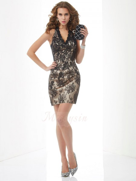 Sheath/Column Halter Sleeveless Short/Mini Champagne Dresses
