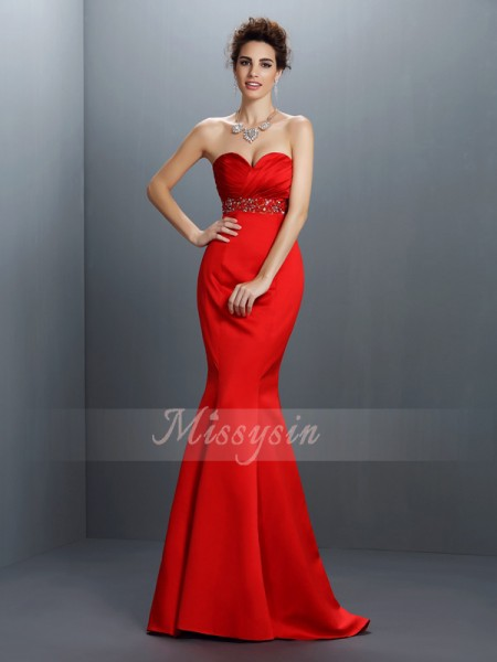 Sleeveless Sweetheart Satin Sweep/Brush Train Red Dresses