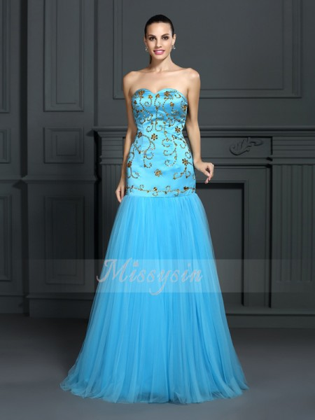 Sleeveless Sweetheart Satin Sweep/Brush Train Blue Dresses