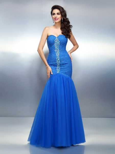 Sleeveless Sweetheart Satin Long Royal Blue Dresses
