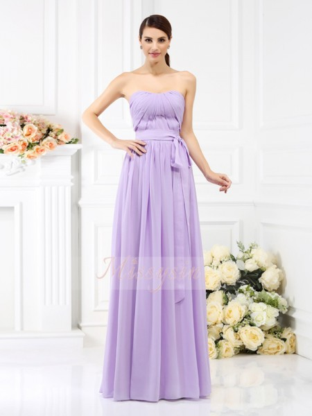 Sleeveless Strapless Chiffon Long Lavender Bridesmaid Dresses