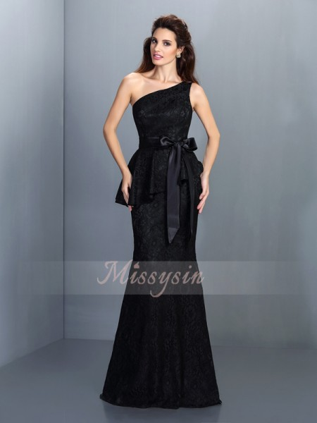 Sleeveless One-Shoulder Satin Long Black Bridesmaid Dresses