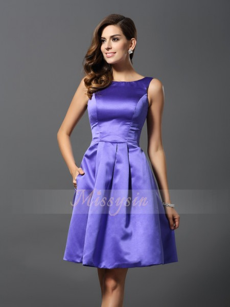 Sleeveless Scoop Satin Knee-Length Regency Bridesmaid Dresses