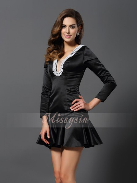 3/4 Sleeves V-neck Satin Short/Mini Black Cocktail Dresses