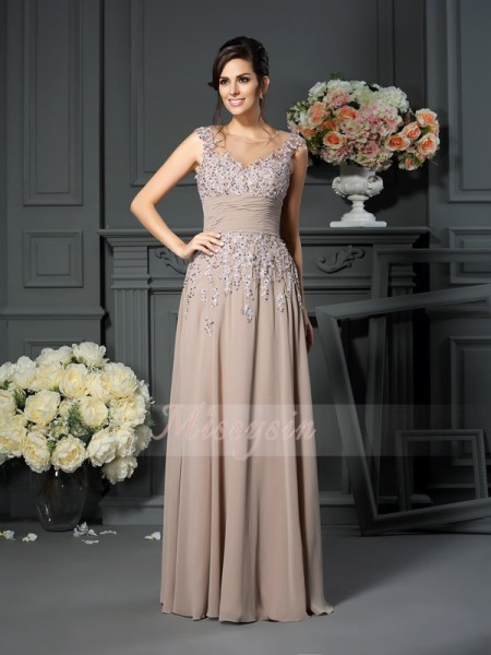 Sleeveless Scoop Silk like Satin Long Champagne Mother of the Bride Dresses