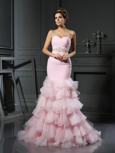 Trumpet/Mermaid Sleeveless Sweetheart Chapel Train Pink Wedding Dress