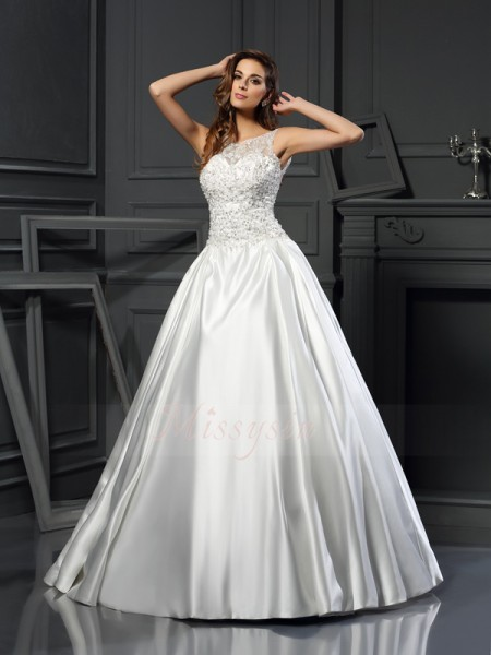 Ball Gown Sleeveless Scoop Chapel Train Ivory Wedding Dress