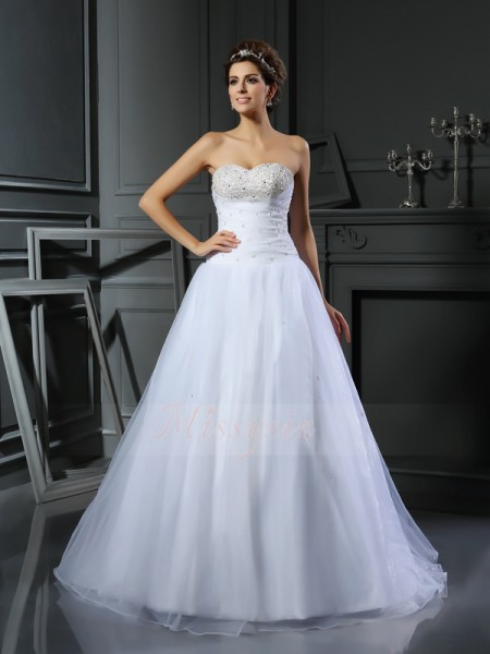 Ball Gown Sleeveless Sweetheart Court Train White Wedding Dress