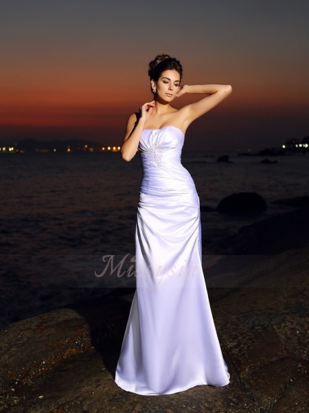Trumpet/Mermaid Sleeveless Sweetheart Chapel Train White Wedding Dress