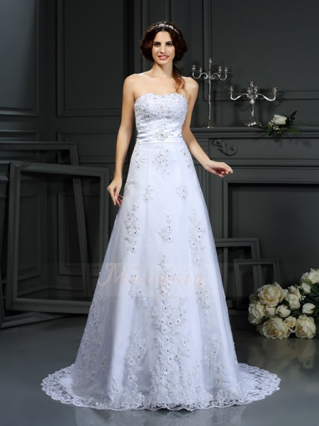 A-Line/Princess Sleeveless Strapless Court Train White Wedding Dress