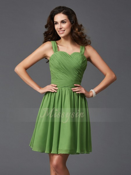 A-Line/Princess Sleeveless Straps Short Green Bridesmaid Dresses