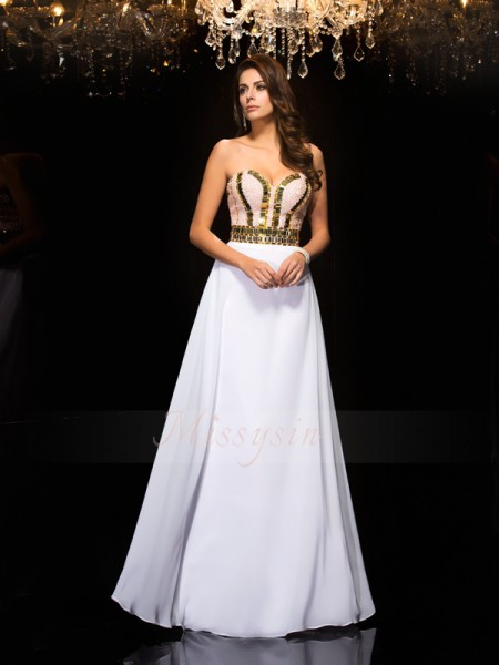 A-Line/Princess Sleeveless Sweetheart Long White Dresses