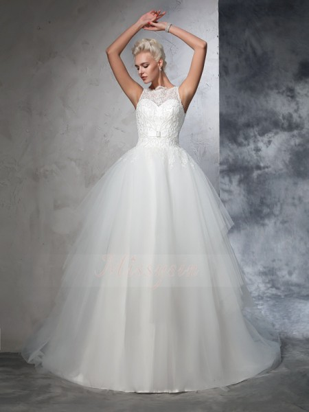 Ball Gown Sleeveless Bateau Chapel Train Ivory Wedding Dresses