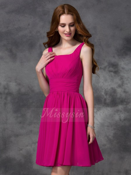 A-line/Princess Sleeveless Square Short Fuchsia Bridesmaid Dresses
