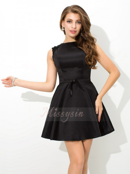 A-Line/Princess Sleeveless High Neck Short Black Dresses