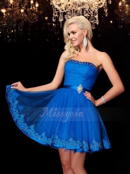 A-Line/Princess Sleeveless Strapless Short Royal Blue Dresses