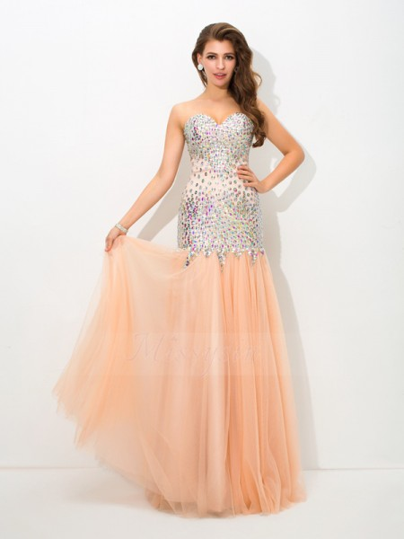 Trumpet/Mermaid Sleeveless Sweetheart Long Champagne Dresses