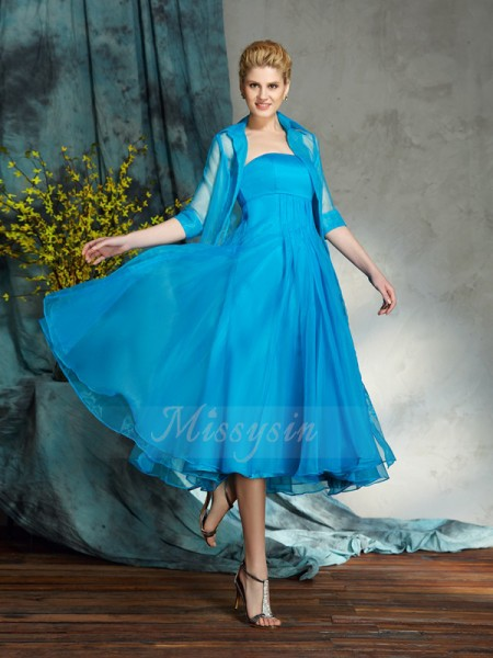 A-Line/Princess Sleeveless Strapless Short Blue Mother of the Bride Dresses