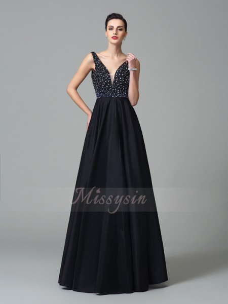 A-Line/Princess Sleeveless Straps Long Black Dresses