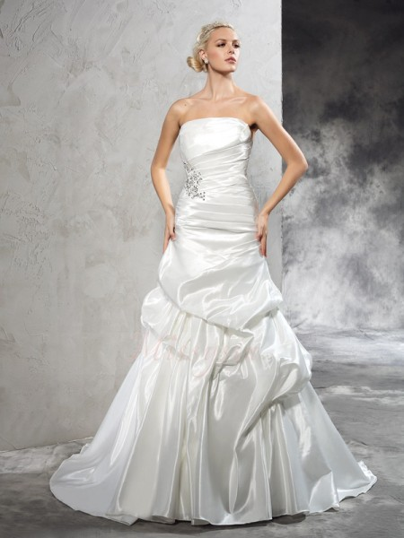 Sheath/Column Sleeveless Strapless Court Train Ivory Wedding Dresses