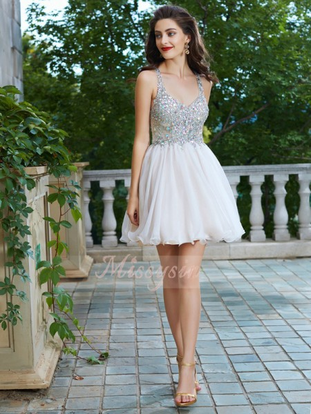 A-Line/Princess Sleeveless Short Champagne Homecoming Dresses