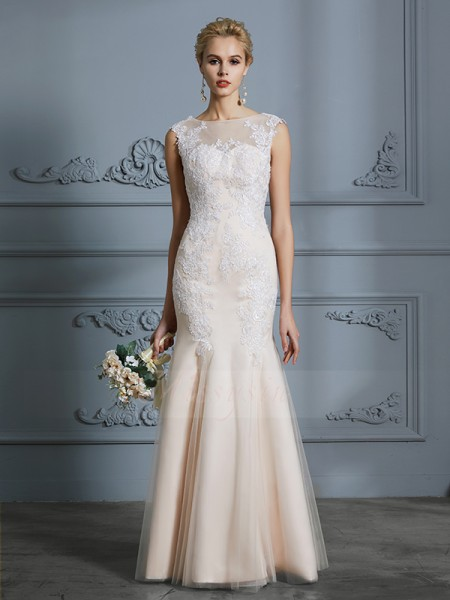Trumpet/Mermaid Scoop Sleeveless Floor-Length Champagne Wedding Dresses