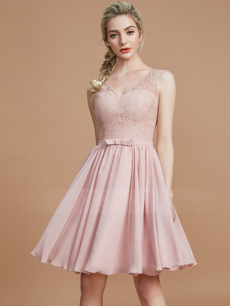 A-Line/Princess Short/Mini V-neck Sleeveless Pearl Pink Bridesmaid Dresses