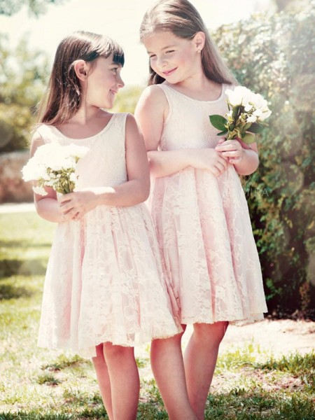 A-Line/Princess Sleeveless Scoop Knee-Length Ruffles Lace Flower Girl Dresses