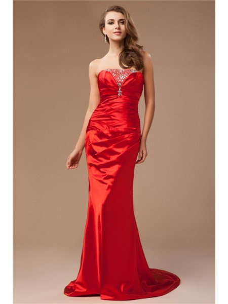 Sleeveless Strapless Sweep/Brush Train Red Dresses