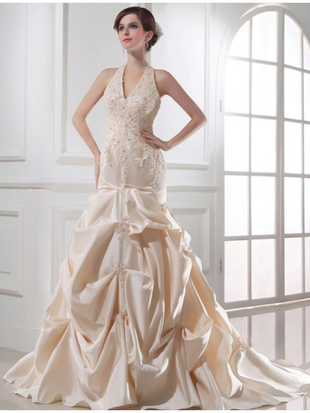 Sleeveless Halter Chapel Train Champagne Wedding Dresses