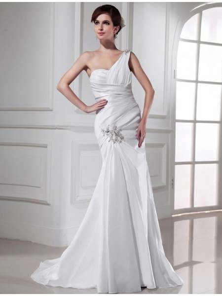 Sleeveless One-Shoulder Sweep/Brush Train White Wedding Dresses