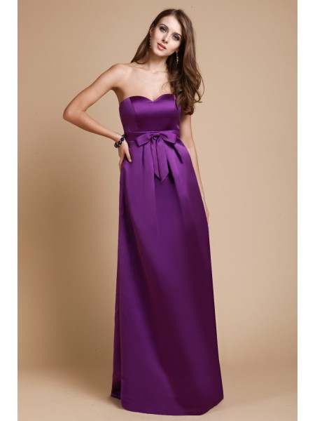 Sleeveless Sweetheart Long Lilac Bridesmaid Dresses