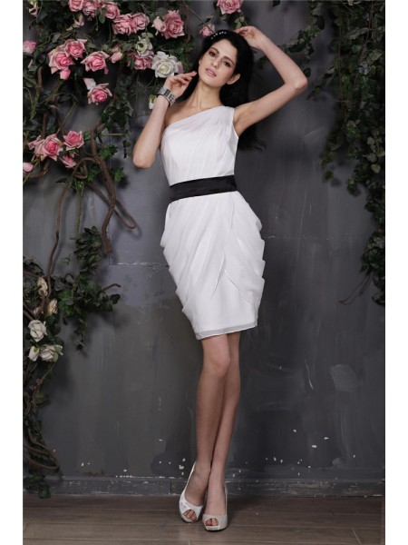 Sleeveless One-Shoulder Short Ivory Dresses