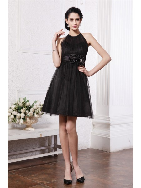 Sleeveless Scoop Short Black Dresses