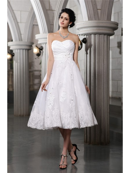 Sleeveless Sweetheart Tea-Length White Wedding Dresses